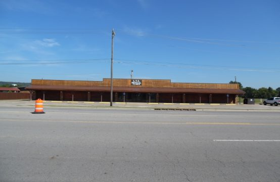 1024 West Cherokee Ave – Former Medical Clinic